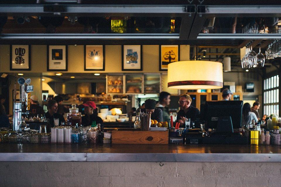 restaurant-690569_960_720.jpg